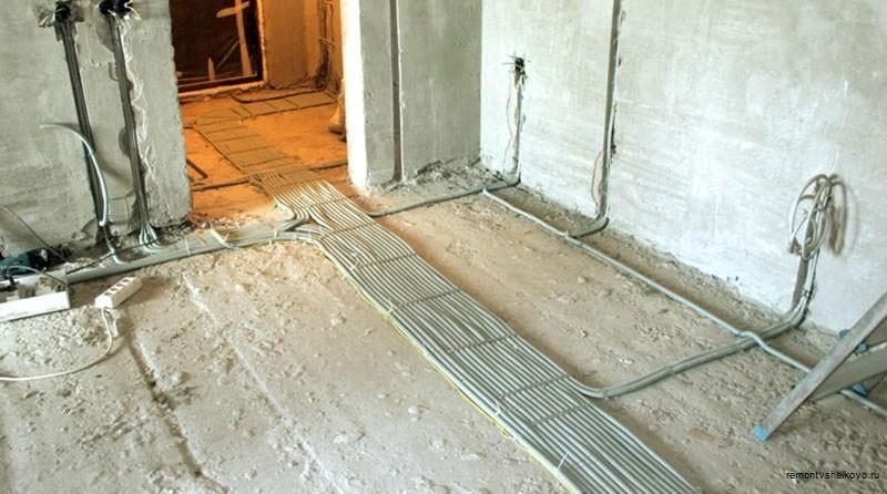 Проводка в квартире от щитка по полу